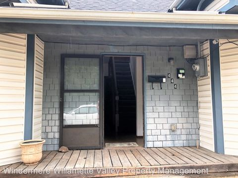 Photo of 444 Nw 17th St, Corvallis, OR 97330