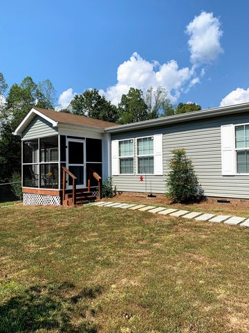 Photo of 4036 Apperson Rd, East Bend, NC 27018
