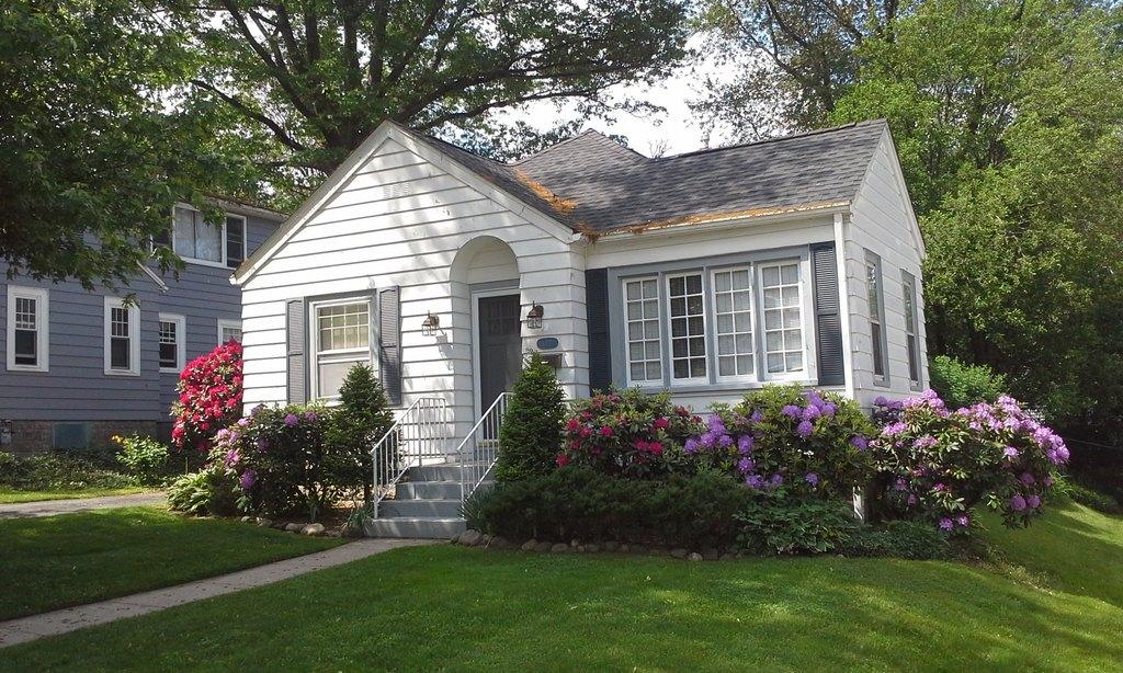 632 Oakmont Ave, Erie, PA 16505