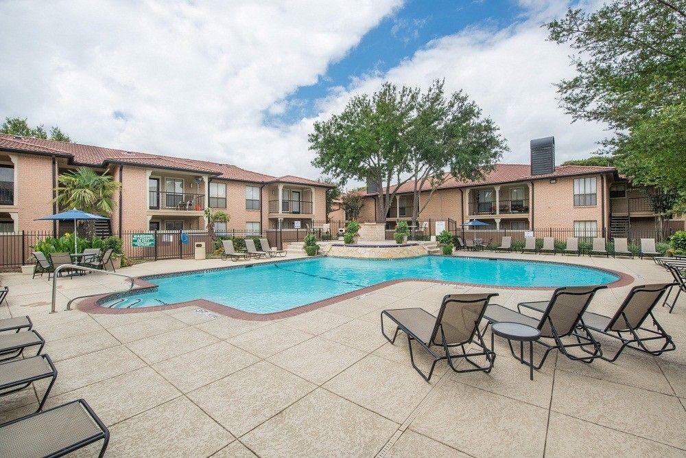 5701 Sandshell Dr, Fort Worth, TX 76137