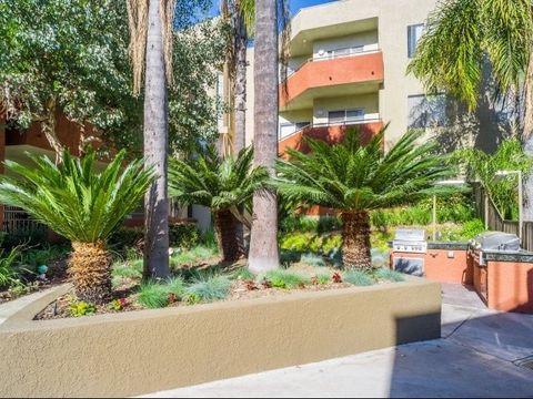 Photo of 8601 Glenoaks Blvd, Sun Valley, CA 91352
