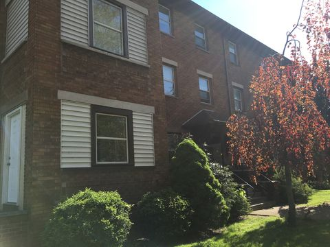 Photo of 324 E Moody Ave Apt 1, New Castle, PA 16105