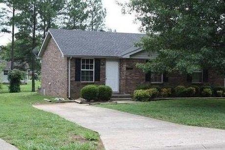 Photo of 628 Rs Bradley Blvd Unit B, Clarksville, TN 37042