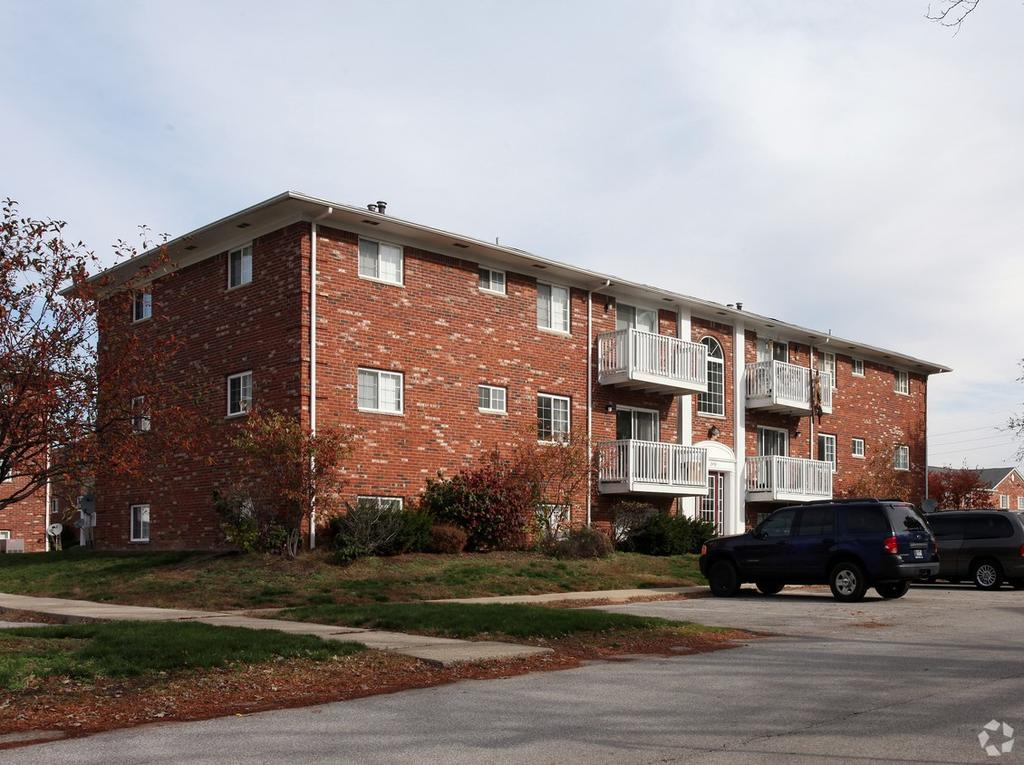 8201 Madison Ave, Indianapolis, IN 46227