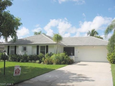 Photo of 774 Wilson Ave, Fort Myers, FL 33919