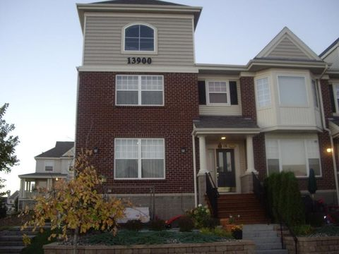 Photo of 13900 53rd Ave N Apt 16, Plymouth, MN 55446