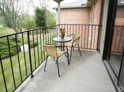 Photo of 5707 Ivy Knoll Dr Apt A, Indianapolis, IN 46250