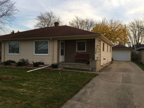 Photo of 136 Langley Blvd, Neenah, WI 54956