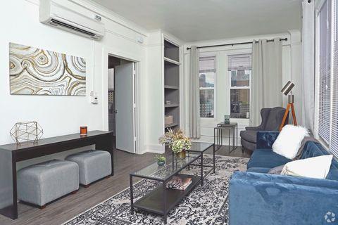 Photo Of 114 W Adams Rd Detroit Mi 48226 Apartment For Rent