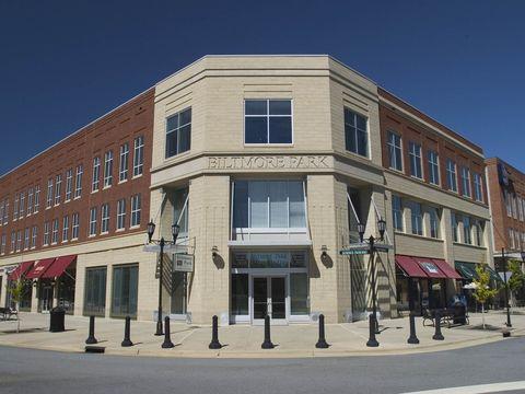 Photo of 56 Stamford St, Asheville, NC 28803