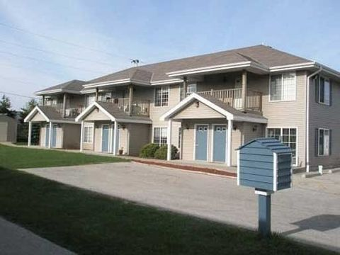 Photo of 12815-12819 W Hampton Ave, Butler, WI 53007