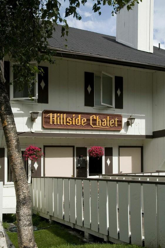 Hillside Chalet Apartment Homes