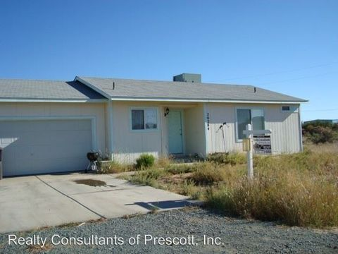 20284 E Hereford Dr, Cordes Lakes, AZ 86333