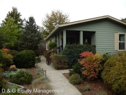Photo of 16332 Valley Ln, Guerneville, CA 95446