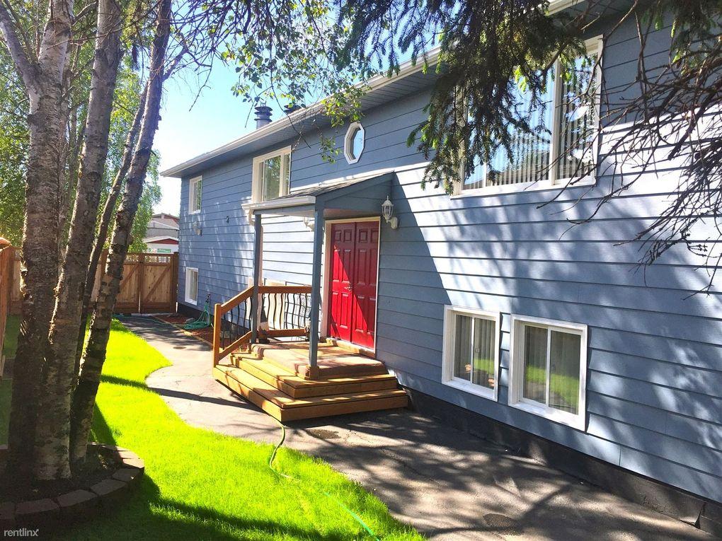825 N Park St, Anchorage, AK 99508