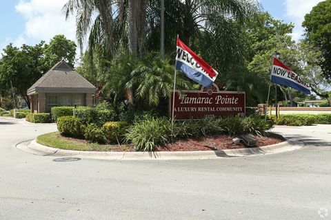 Photo of 6527 Nw 70th Ave, Tamarac, FL 33321