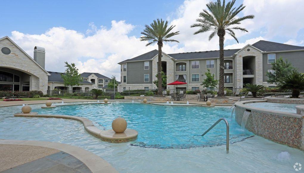 Apartments On N Sam Houston Pkwy E
