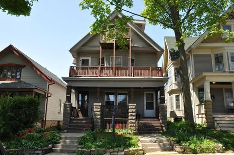 Photo of 3053 N Bartlett Ave, Milwaukee, WI 53211