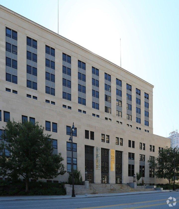 811 Grand Blvd, Kansas City, MO 64106