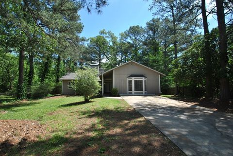 Photo of 103 Misty Glen Ct, Stockbridge, GA 30281