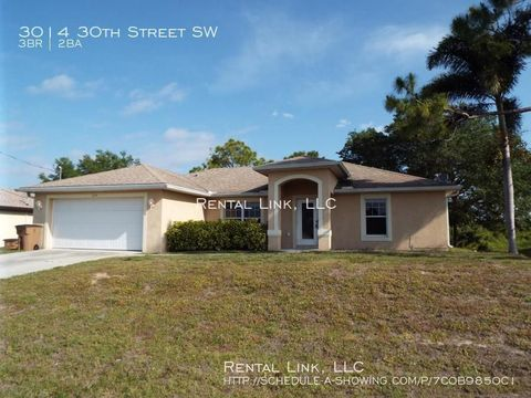 Photo of 3014 30th St Sw, Lehigh Acres, FL 33976