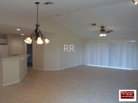 3722 5th St Sw, Lehigh Acres, FL 33976