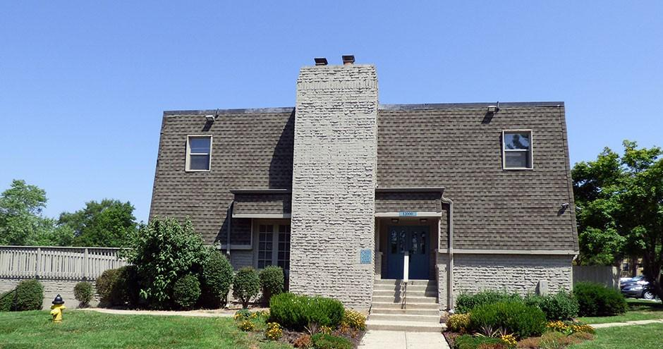 12000 W 77th Ter, Lenexa, KS 66216