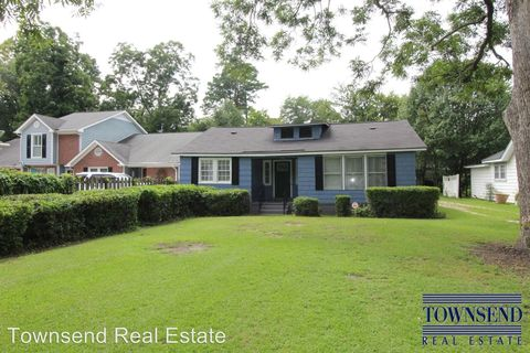 Photo of 417 Park Ave, Fayetteville, NC 28305