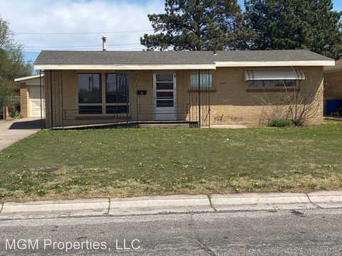 Photo of 2300 Heizer St, Great Bend, KS 67530
