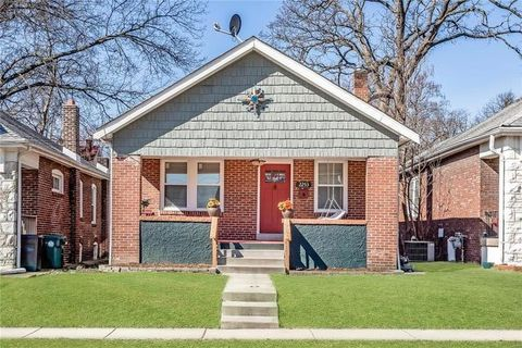Photo of 2253 Yale Ave, Maplewood, MO 63143