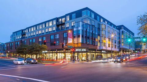 Photo of 10333 Ne 1st St, Bellevue, WA 98004