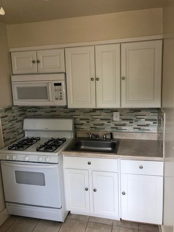 Photo of 913 St Dunstans Rd Unit 2, Baltimore, MD 21212