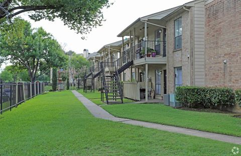 Photo of 5535 Timber Creek Pl Dr, Houston, TX 77084