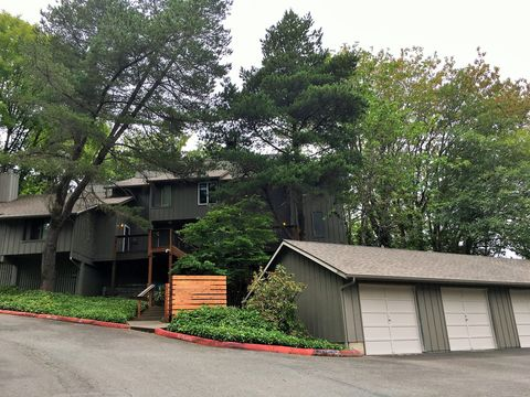 Photo of 5551 Sw Multnomah Blvd, Portland, OR 97219