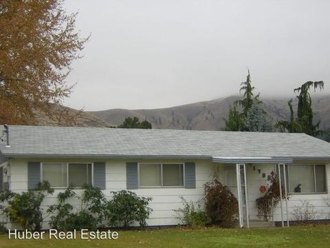 1705 Castlerock Ave, Wenatchee, WA 98801