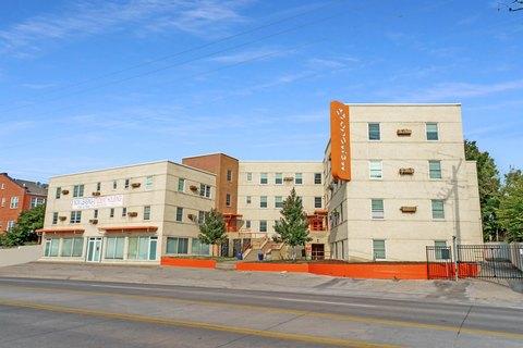 1748 N Hillside St Apt 405, Wichita, KS 67214