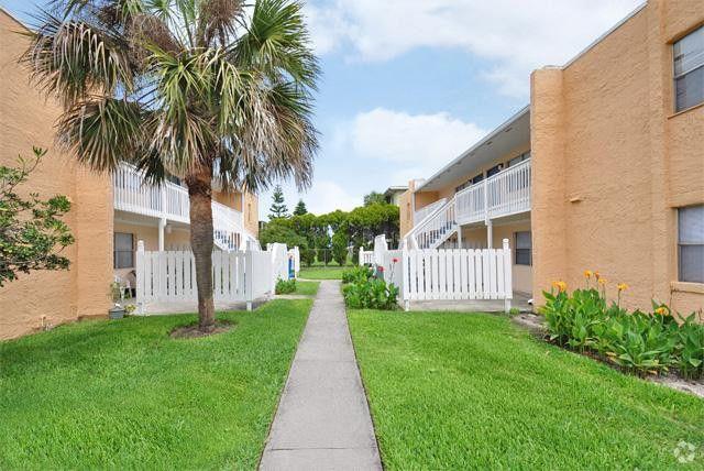 705 S Beach St, Daytona Beach, FL 32114