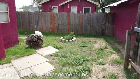 Photo of 2010 15th St, Lubbock, TX 79401