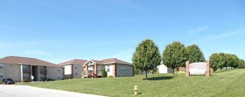 Photo of 3051 S South Valley Ln, Springfield, MO 65807