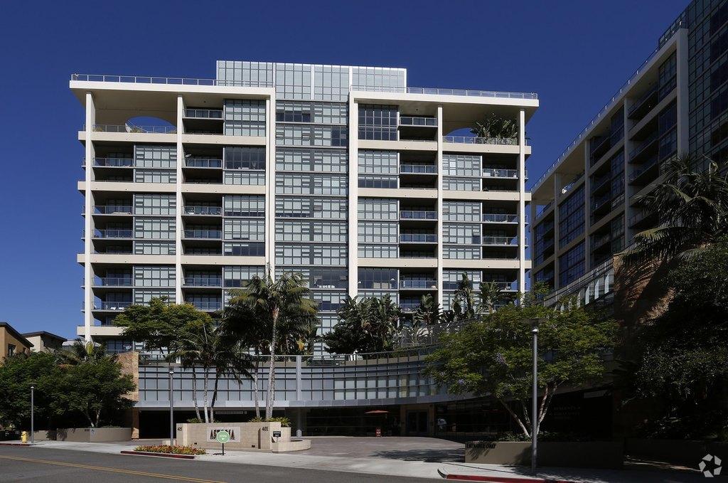 Astoria at Central Park West Apartments