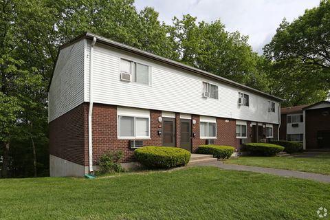 Groovy Waterbury Ct Apartments For Rent Realtor Com Beutiful Home Inspiration Xortanetmahrainfo