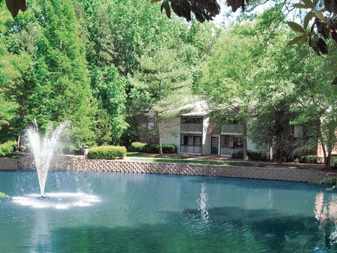 Photo of 1101 Roper Mountain Rd, Greenville, SC 29615