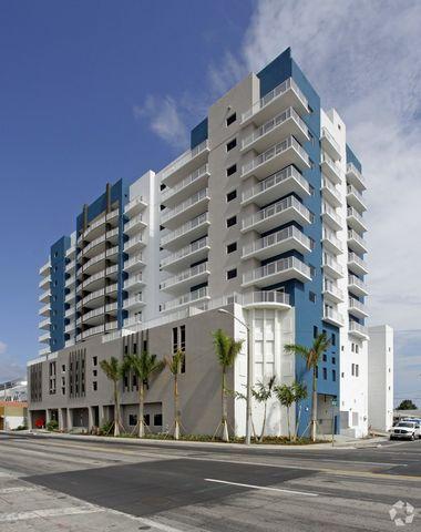 Photo of 1760 Nw 7th St, Miami, FL 33125