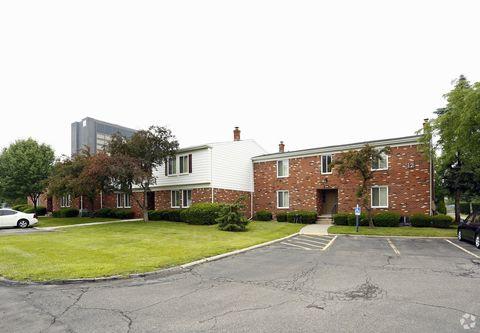 13861 Strathcona St, Southgate, MI 48195