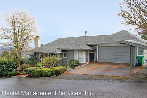 Photo of 4246 Sw Mc Donnell Ter, Portland, OR 97239