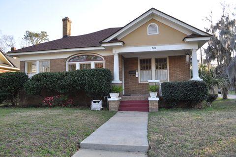 Photo of 301 E 51st St, Savannah, GA 31405