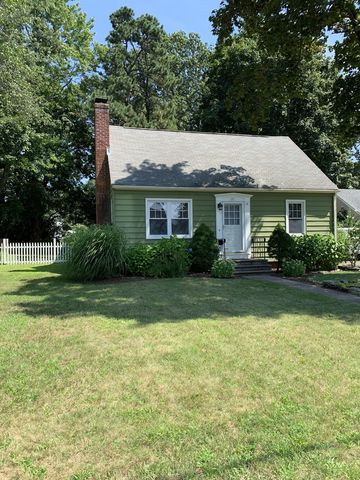 Photo of 21 Horton Rd, Manchester, CT 06042