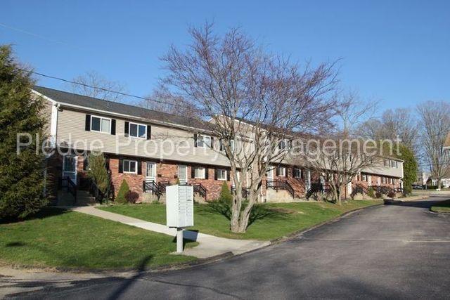 60 linwood ave colchester ct 06415. Black Bedroom Furniture Sets. Home Design Ideas