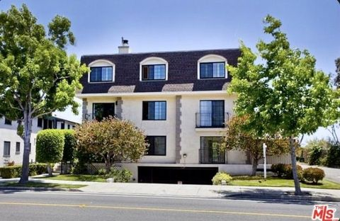 Photo of 1020 Ocean Park Blvd Apt 4, Santa Monica, CA 90405