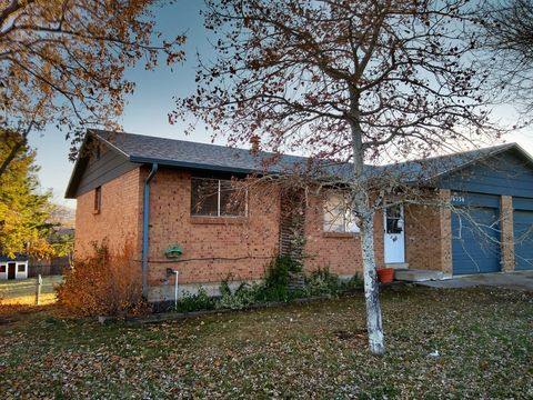 Photo of 16336 W 13th Pl, Golden, CO 80401